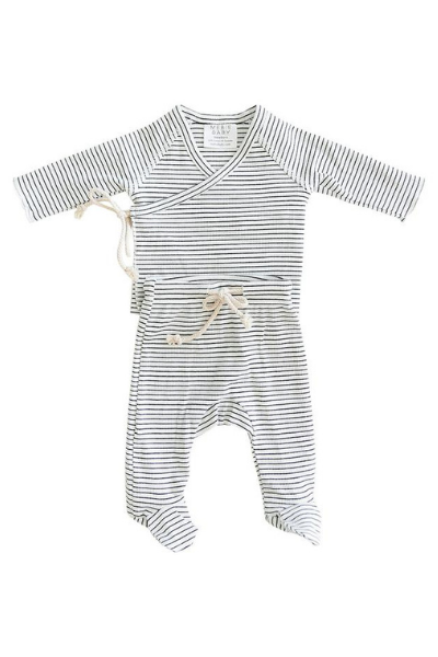 LAYETTE SET - BLACK + WHITE