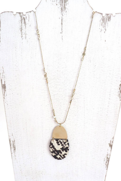 ANIMAL PRINT NECKLACE