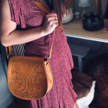 Load image into Gallery viewer, Boho Saddle Bag