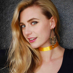 Trendy Yellow Choker