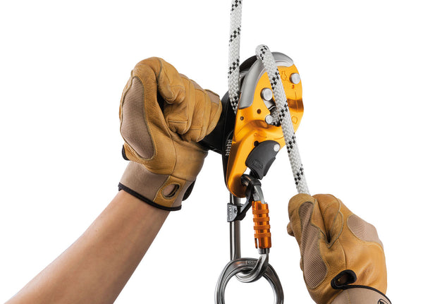 Petzl I'D Descender Small In Use