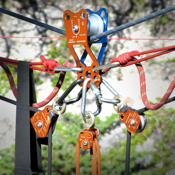 Rock Exotica Kootenay Ultra Pulley Pacific Ropes In Use