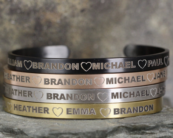 FAMILY Cuff Bracelet - Stainless Steel in your choice of rose, yellow, steel or black - Engraved with your family or friends names