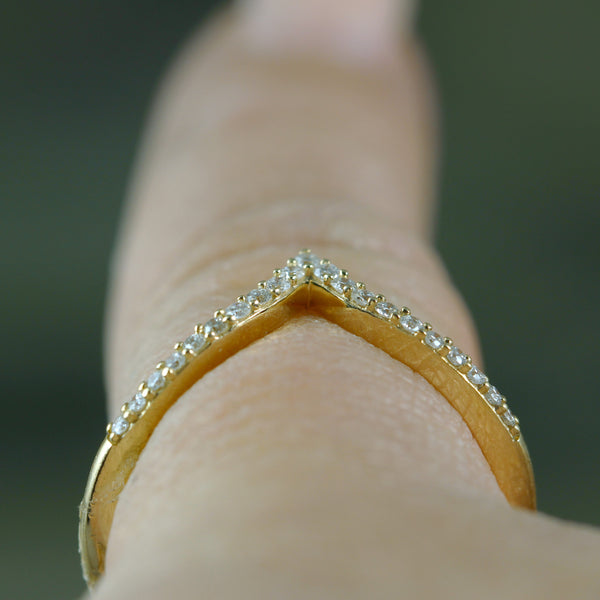 Diamond Chevron Ring - 14K Yellow Gold