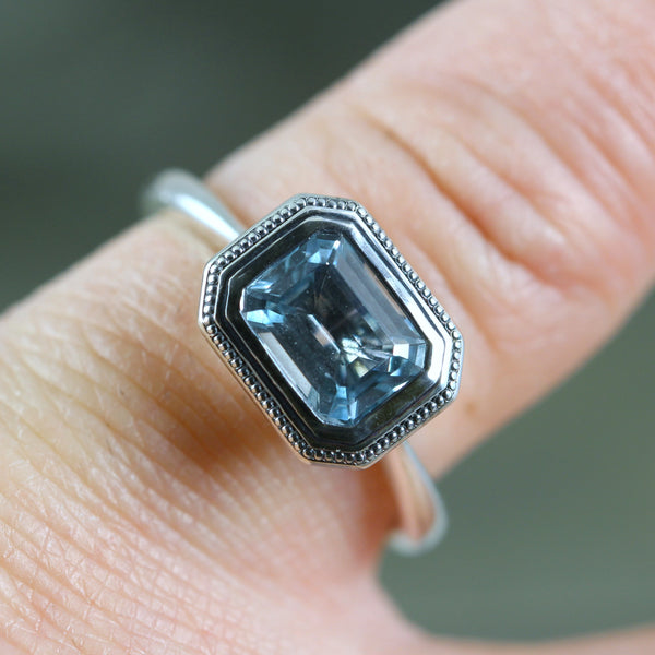 Aquamarine Ring - March Birthstone - Classic Vintage Style