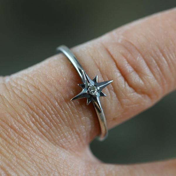 Star Ring with Diamond