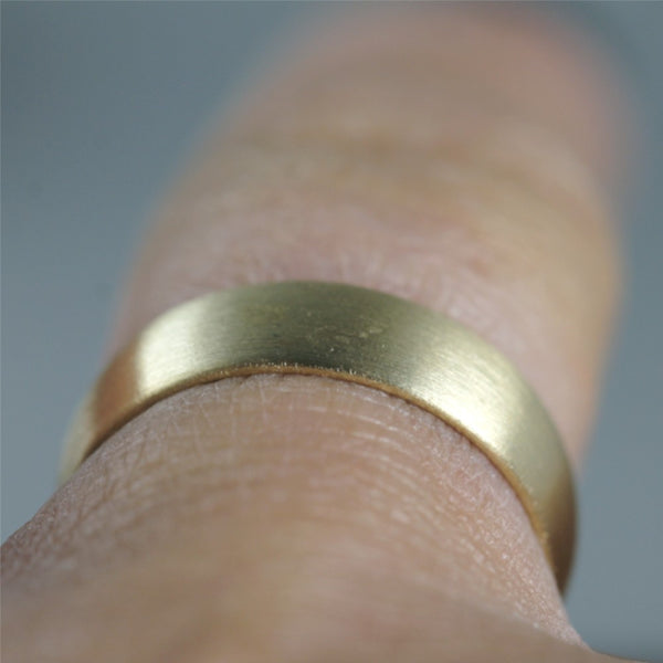 5mm 14K Yellow Gold Wedding Band – Classic Round Edge Band -  Men's or Ladies Wedding Rings – Matte Finish