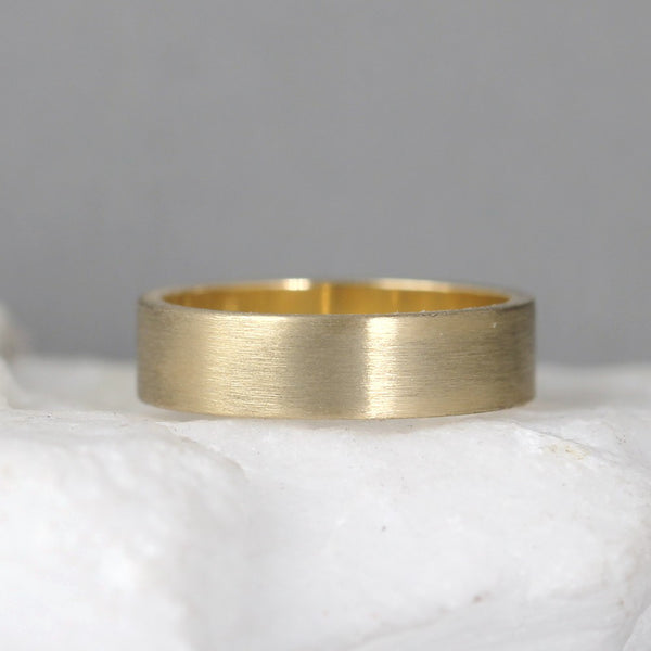 5mm 14K Yellow Gold Wedding Band – Men's or Ladies Wedding Rings – Matte Finish