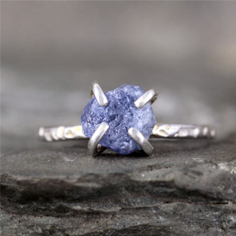 Natural Rough Sapphire Ring - Hammered Texture Rustic Ring