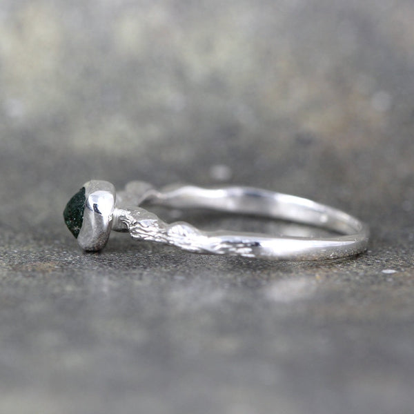 Rough Uncut Emerald Ring - Sterling Silver Twig Design Ring - Bezel Set Stacking Ring