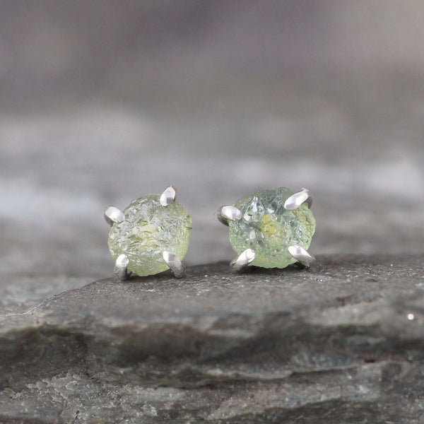 Montana Sapphire Stud Earring - Handmade Sterling Silver 4 Claw Settings