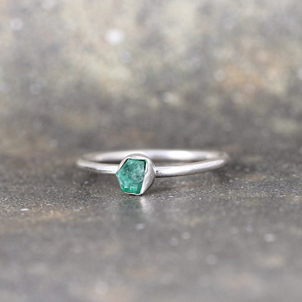 Uncut Emerald Ring - Sterling Silver - Bezel Set Stacking Ring
