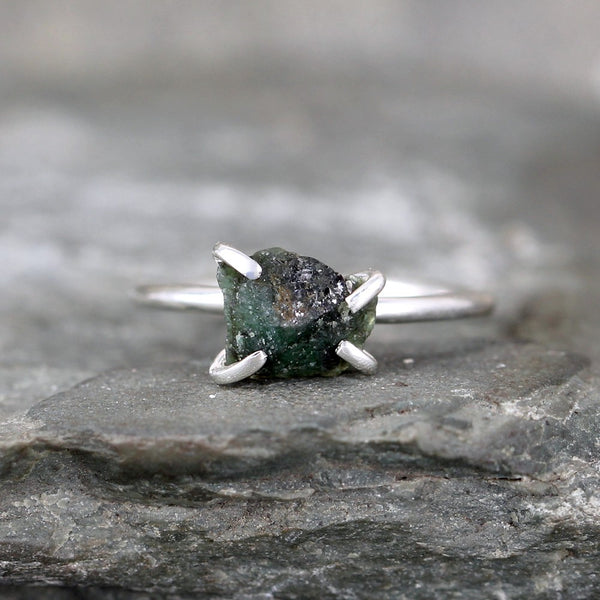 Raw Emerald Ring - Sterling Silver - Stacking Ring