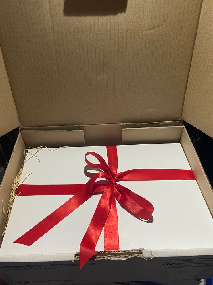 Deluxe Gift Box and ribbon