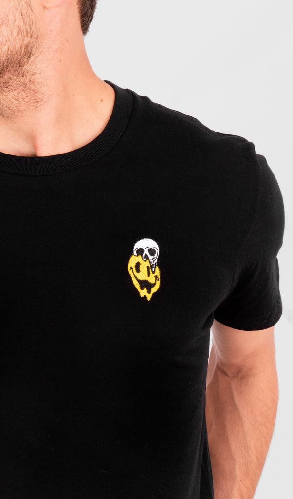 Acapella Ropa Men Graphics Smiley Skull