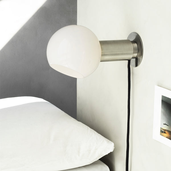 DONYA Wall/Table Lamp | Silver