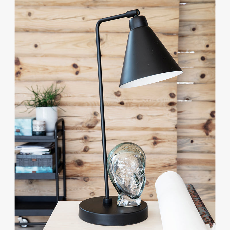 Game Table Lamp | Black