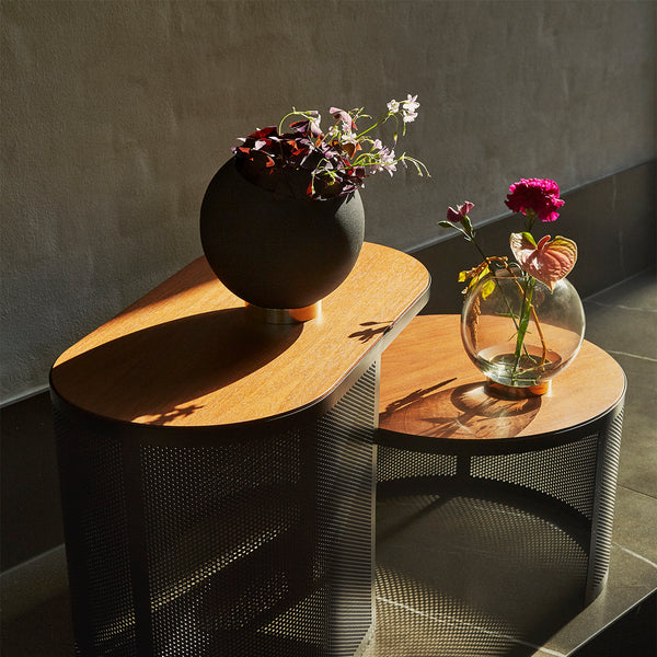 GLOBE Flower Pot | Black (S)