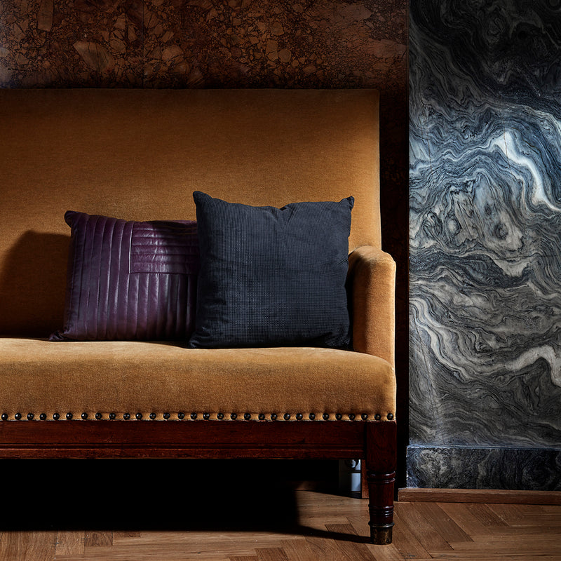 MOTUM Cushion | Bordeaux