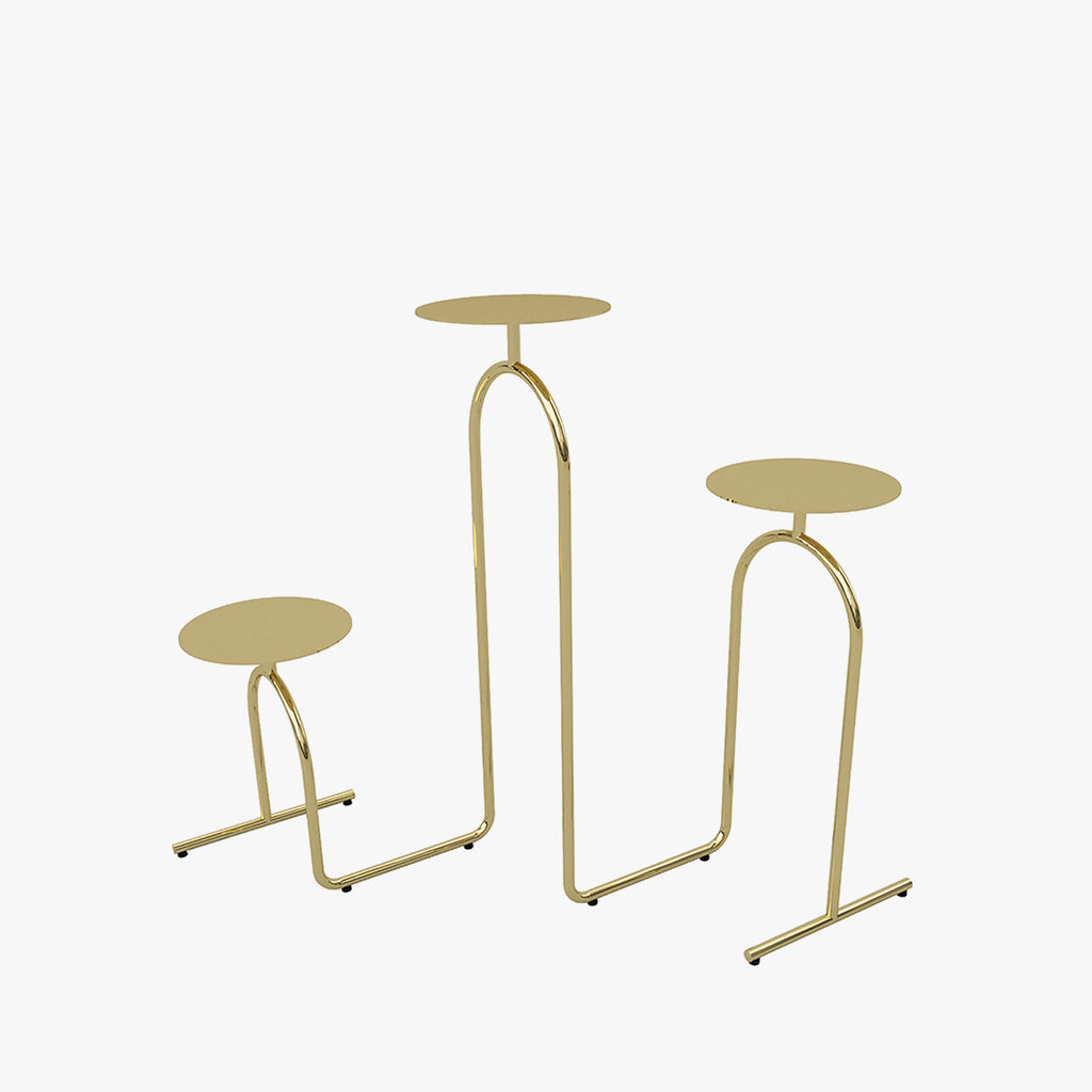 HIATUS Pedestal Table | Gold