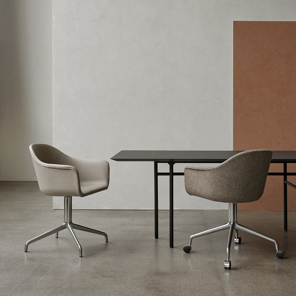 Harbour Chair | Beige Leather / Swivel