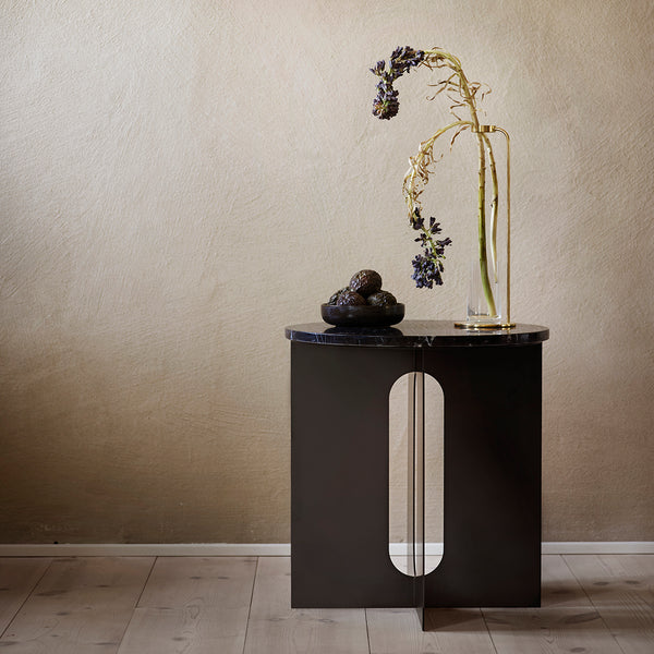 Androgyne Side Table | Black Top