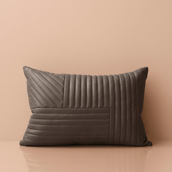MOTUM Cushion | Taupe