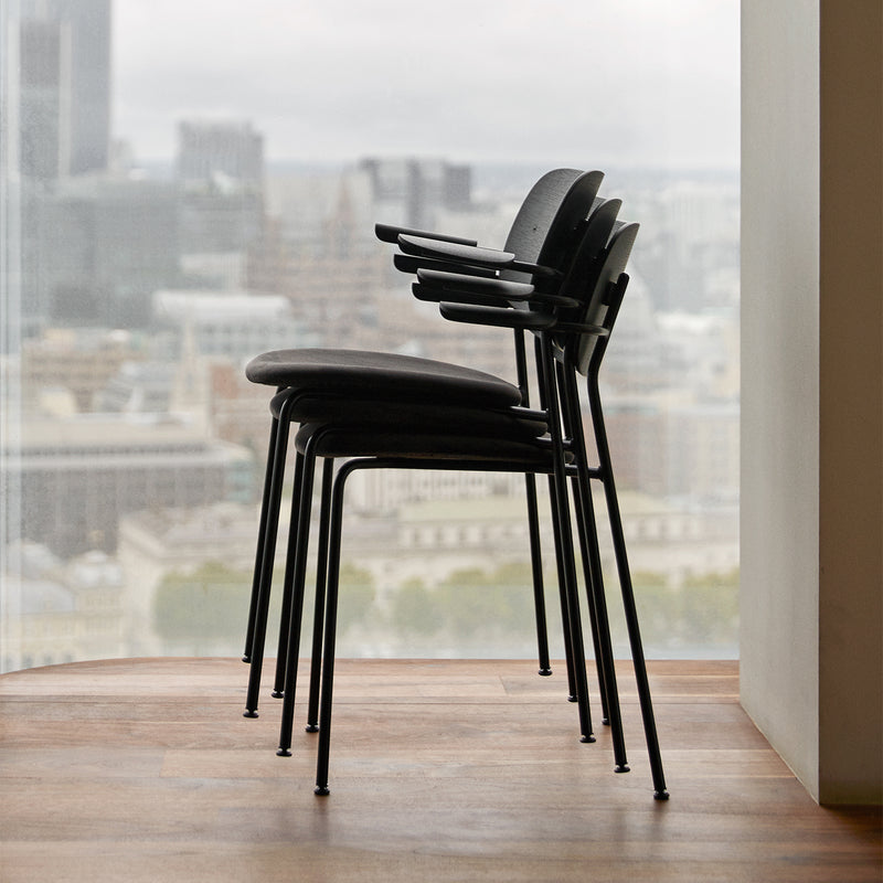 Co Chair w/Armrest | Black Oak / Black Leather