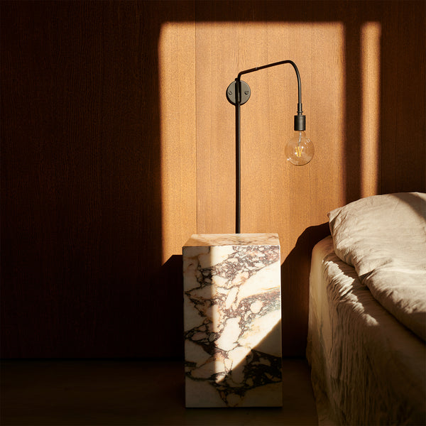 Warren Wall Lamp | Black