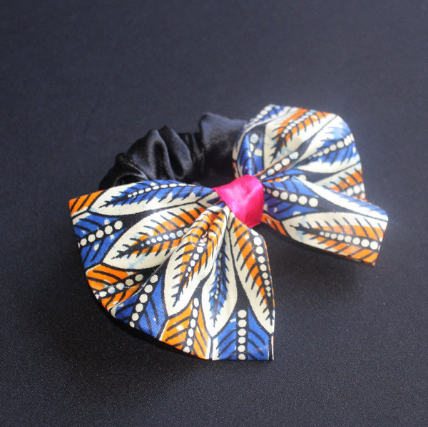 ANKARA BOW - SATIN SCRUNCHIE - Lavish Atelier