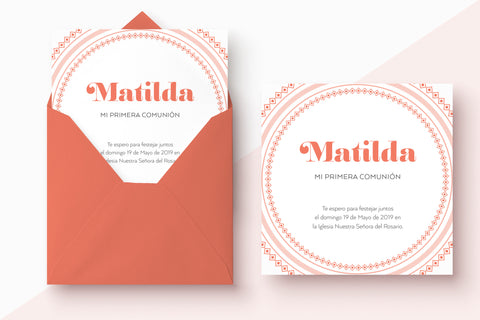 Invitacion comunion moderna color peach