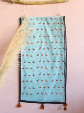 STOLE- FLAMINGO IN MINT