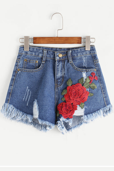 3D ROSE EMBROIDERED SHORTS