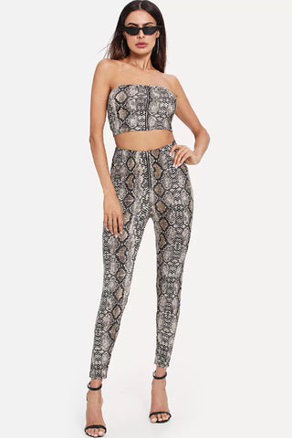 LETTER PRINT CROP TOP & LEGGINGS SET