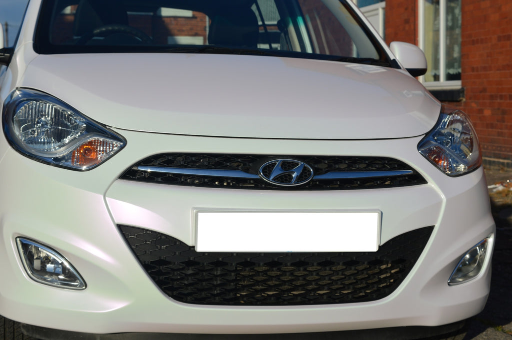 Hyundai i10 - Full wrap from white to pearlescent white/pink