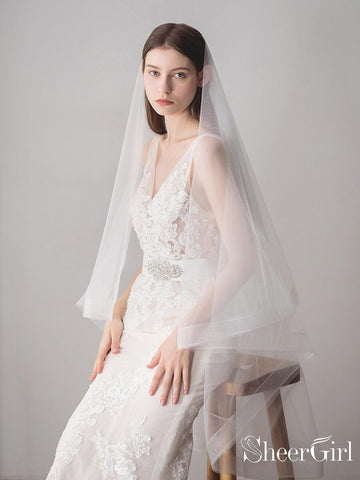 products/two-layers-ivory-tulle-knee-length-wedding-veils-acc1050-2.jpg