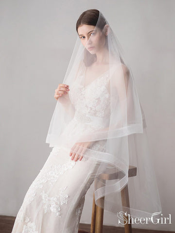 products/two-layers-ivory-tulle-knee-length-wedding-veils-acc1050.jpg