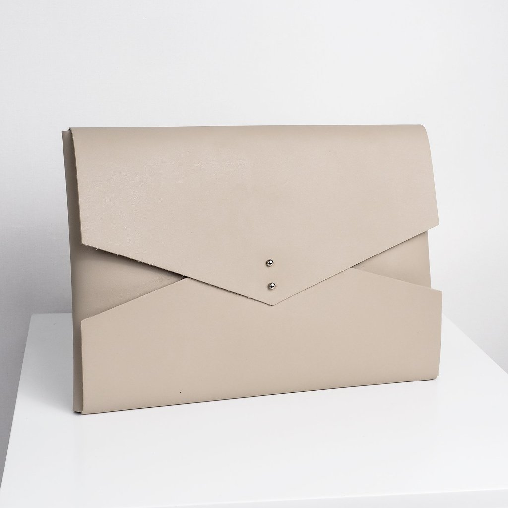 "XL 15"" Macbook Clutch 