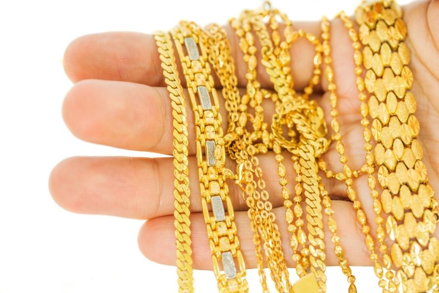 different gold chains
