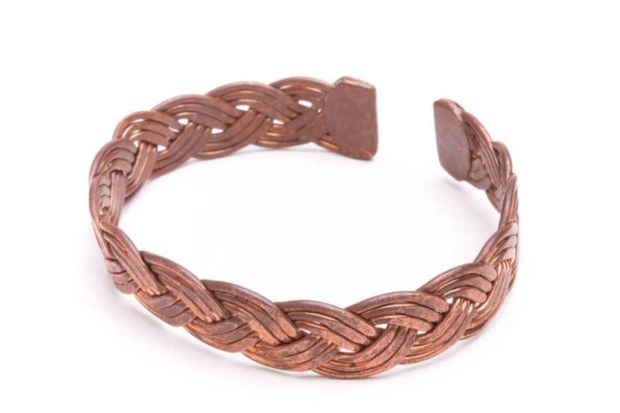 How to clean a copper bracelet