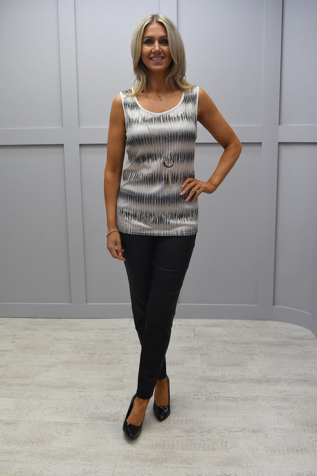 Frank Lyman Sleeveless Grey Embellished Top - 203325