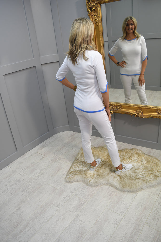 Le Babe Luce Blue Kitten Heel with jewel detail on the front - Style 3047 Blue
