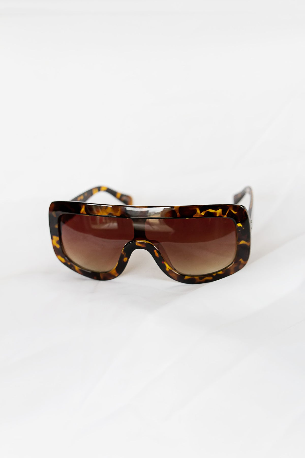 Celebrity Tortoise Sunglasses - House of W