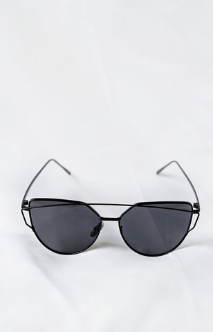 Glamour Black Sunglasses - House of W - 1