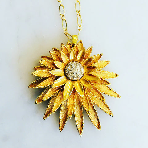 Boucher Gold Flower