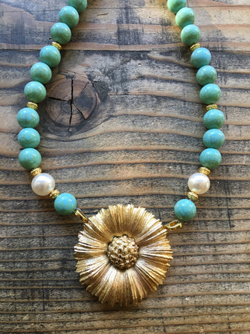 Daisy with Turquoise Beads