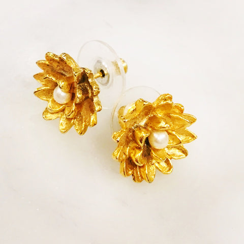 Camellia Earrings 22ct