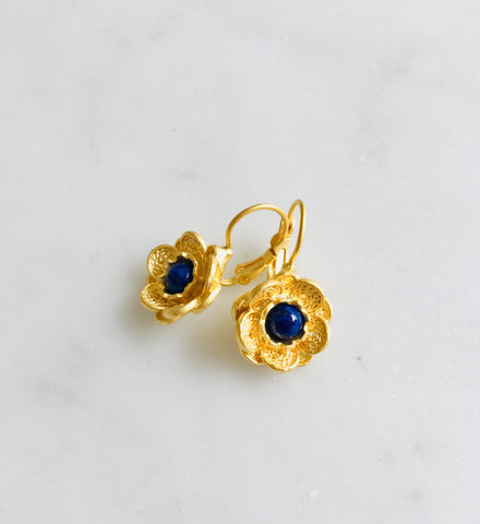 22ct Gold Flowers with Lapis