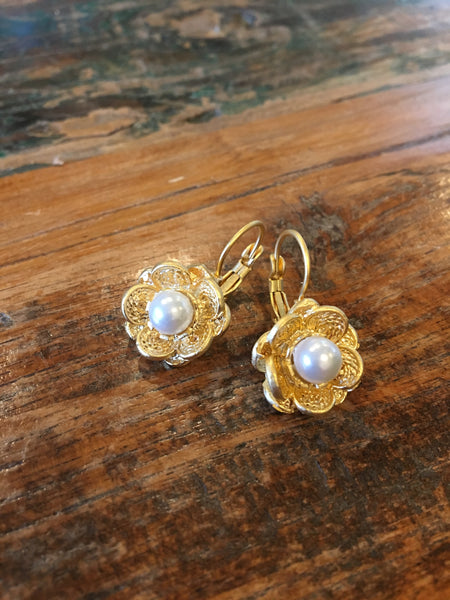 22ct Gold Pearl Flowers