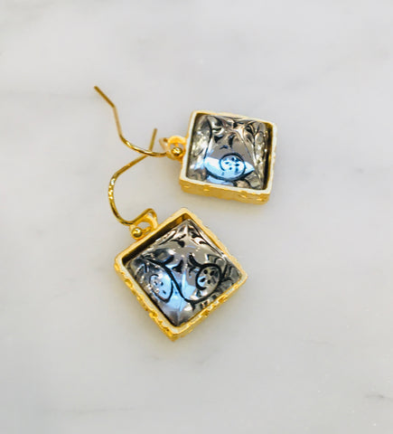 Etched Square Earrings with Black